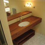 Byt  Malá strana  pohled do koupelny