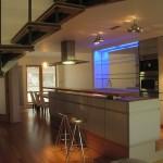 Pohled do kuchyně a jídelny